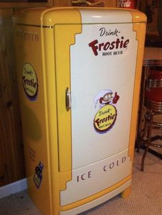 Vintage Fridge, Root Beer, Interiors, Canning, Home, Vintage Restaurant, Restaurants, Ad Home, Decoration Home