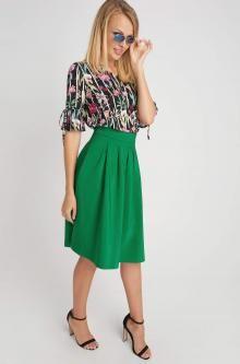 Nabíraná vzorovaná sukně