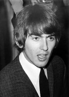 """The Beatles are a famous English band that originated in Liverpool, England. They became """"The Beatles"""" in 1960 and consisted of four very talented and incredibly influential musicians; John Lennon, Paul McCartney, George Harrison, and Ringo Starr. John Lennon Beatles, The Beatles, Beatles Art, Carrie, George Harrison Pattie Boyd, George Martin, Beatles Photos, Best Friends For Life, The Fab Four"""