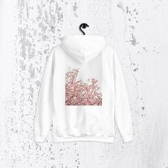 Street Marketing, Kendall Jenner Style, Korean Street Fashion, Hoodies, Sweatshirts, Casual Chic, Celebrity Style, Graphic Sweatshirt, Street Style