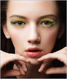 Pineapple inspired look! Summer beauty trend. Try this look on makeup app Perfect365!