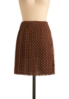 A flurry of sprinkles are just what you need to finish your famous chocolate cupcakes - and these cream-colored polka dots are similarly excellent for topping off this pleated chiffon skirt from Moon Collection!