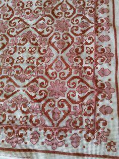 Cross Stitch Rose, Cross Stitch Patterns, Carpet, Embroidery, Knitting Needles, Rugs, Crochet, Needlepoint, Lace