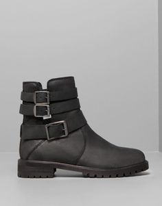 :LEATHER BIKER ANKLE BOOTS