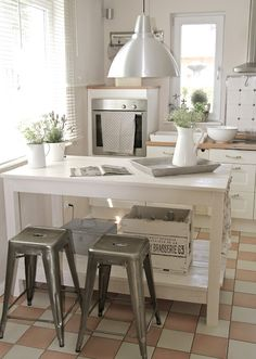 Clean Wh!Te Kitchen space