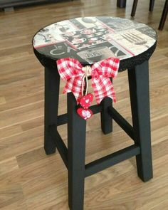 boyama tekni i ile yenilenmi tabure diy pinterest. Black Bedroom Furniture Sets. Home Design Ideas