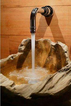 Becken aus Holz