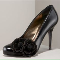 "Nanette Lepore Black Sweetheart Flower Pump 10 NWT Nanette Lepore Black Sweetheart Flower Pumps.  4 1/4"" heel with 1/2""-3/4"" platform.  New without box. 10 NWT Nanette Lepore Shoes"