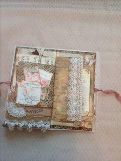 Paper bag Journal Fabric Journals, Journal Paper, Art Journal Pages, Art Journaling, Paper Bag Album, Paper Bags, Homemade Journal, Envelope Book, Journal Template