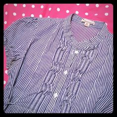 Forever 21 striped top Light and airy with a baby doll fit and tie at the waist. Very good condition, a few loose threads at the buttons but no real flaws to note! Forever 21 Tops