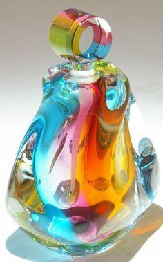 Art Glass from Kela's.a glass gallery on Kauai perfume bottle. I've always loved glass art Perfumes Vintage, Antique Perfume Bottles, Vintage Bottles, Art Of Glass, Blown Glass Art, Bottles And Jars, Glass Bottles, Wine Glass, Glass Vase