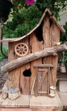 Birdhouse #woodenbirdhouses