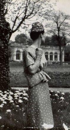 This is stunning. Balenciaga, 1952