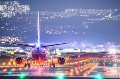 伊丹空港で撮影された、美しすぎる離陸飛行機の写真がTwitterで話題に