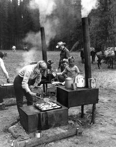 Camp cooking... Weekend Camping Trip, Weight Loss Snacks, Personal Taste, Go Outside, Outdoor Fun, Fireworks, The Outsiders, Family Protection, Life