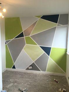 Wall design with geometric shapes and colorful colors! Wall design with geometric shapes and colorful colors!, Wall design with geometric shapes and colorful colors! Wall design with geometric shapes and colorful colors! Geometric Wall Paint, Geometric Decor, Geometric Shapes, Geometric Painting, Diy Wand, Wall Patterns, Painting Patterns, Lime Paint, Diy Wall Painting