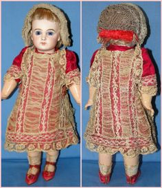 Depose Jumeau Bébé - Early French Bisque Doll - Petite size -  Exquisite!