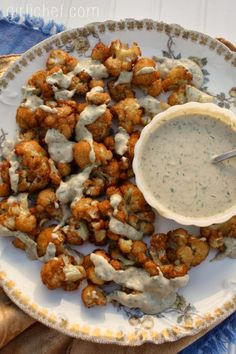Fried Cauliflower w/ Sesame Parsley Sauce {#SundaySupper: Middle Eastern Cuisine} | www.girlichef.com