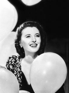 Barbara Stanwick in Think this is one of the pictures I have seen of her. Old Hollywood Stars, Vintage Hollywood, Classic Hollywood, Barbara Stanwyck, Santa Monica, The Thorn Birds, Fritz Lang, Joan Crawford, Queen