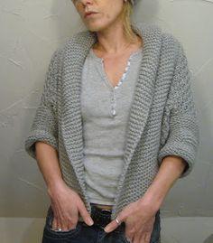 Grasflecken: muse a little shrug Sweater Knitting Patterns, Knitting Yarn, Knit Patterns, Free Knitting, Knit Sweaters, Cardigans, Crochet Woman, Knit Or Crochet, Shrug Pattern