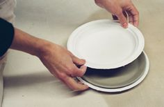 Fig.4 Press the clay with your hands or press with another plate.