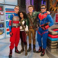 Jason Norman, Henry Danger Jace Norman, Norman Love, Henry Danger Nickelodeon, Nickelodeon Shows, Knight Squad, Ella Anderson, The Thundermans, Funny Disney Memes