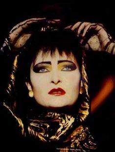 """ilovesiouxsiesioux: """" morganaspikes: """" Siouxsie Sioux ❤️ """" ♡ Siouxsie Sioux ♡ """""""