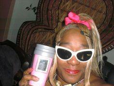 Me Trying To Be Happy, Kurt Cobain, Round Sunglasses, Style, Fashion, Swag, Moda, Round Frame Sunglasses, Fashion Styles