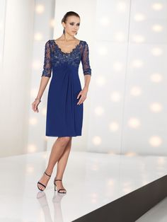 Sheath/Column V-neck Chiffon Lace Mother of the Bride Dress