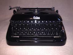 Mechanische Schreibmaschine Erika 10 vintage typewriter black