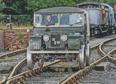 Land Rover 86 Serie One soft top canvas railway Land Rover Defender 110, Jeep 4x4, Four Wheel Drive, Station Wagon, Range Rover, Military Vehicles, Luxury Cars, Landing, Antique Cars