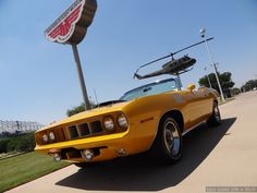 1970 Plymouth Hemi Cuda convertible Nash Bridges #1 filming car. The real deal. For sale on Ebay. L F side view