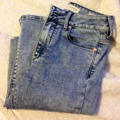 Bullhead Jeans from Pacsun Bought off online. Size 0. Only worn twice. Price is negotiable! PacSun Pants