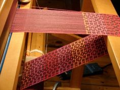 A Link to Deflected Doubleweave | Plain Weave and beyond