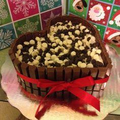 Kit kat with mini Hearshy's cake
