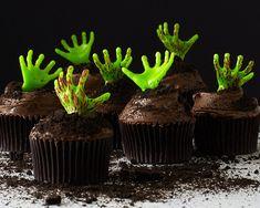 Easy Zombie Cupcakes with Zombie Halloween Picks