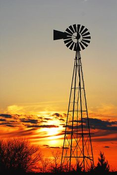 Hill Top Sunset Canvas Print / Canvas Art By Chris Harris / Kansas Pictures To Paint, Cool Pictures, Farm Windmill, Old Windmills, Sunset Canvas, Canvas Art, Canvas Prints, Water Tower, Old Barns