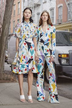 Prabal Gurung Pre-Fall 2019 Fashion Show Prabal Gurung Pre-Fall 2019 Collection – Vogue Urban Fashion, Love Fashion, Autumn Fashion, Womens Fashion, Fashion Design, Spring Fashion, Edgy Dress, Vogue, Prabal Gurung