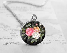 Vintage Flower Necklace, Nature Pendant, N772