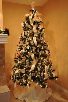 christmas tree - How To Decorate A Christmas Tree With Ribbon