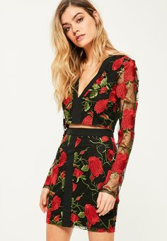 Missguided - Black Floral Embroidered Mini Skirt