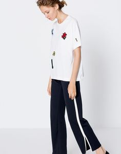 Pull&Bear - woman - new - clothing - patches t-shirt - white - 09246345-I2016
