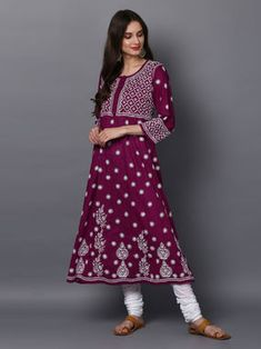 A Kurta to go with every occasion, be it printed embroidered or sequined. Shop from a wide Variety of most beautiful Kurtas in Pure Silk, Cotton & Linens & in vibrant colors. Designer Salwar Suits, Designer Dresses, Lovely Dresses, Dresses For Work, Cotton Anarkali, Fashion Hub, Kurtis, Indian Wear, Cotton Linen