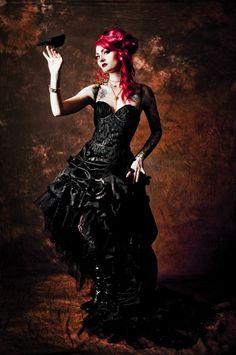 Charlotte [Bi, single. Romanian, Fury (one of the three goddesses of pain)]