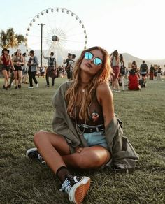 I'd rather be at Coachella. on We Heart It I'd rather be at Coachella. on We Heart It I'd rather be at Coachella. on We Heart It The post I'd rather be at Coachella. on We Heart It appeared first on New Ideas. Summer Music Festivals, Music Festival Outfits, Music Festival Fashion, Fashion Music, Festival Makeup, 90s Fashion, Music Festival Style, Summer Festival Outfits, Style Fashion