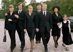 Beerdigung beiger mantel