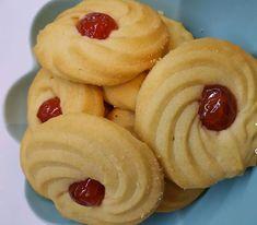 Αφράτα; μπισκότα Βουτυρου Iranian Desserts, Greek Desserts, Sweets Recipes, Cooking Recipes, Nutella, Oreo, Biscuits, Food And Drink, Cookies
