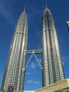 The Petronas Twin Towers are one of the reasons for a stopover in Kuala Lumpur.
