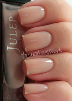 People with these types of natural nails absolutely astound me! I mean, just LOOK at her nails. There is no extra growth past the point of her fingertip, and yet her nails are beautifully long and slender--I would kill for these natural nails.