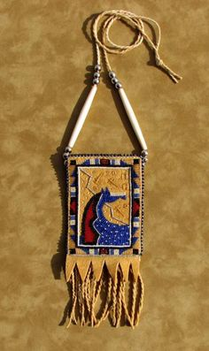 beaded horse neck pouch by Jackie Larson Bread Native American Blackfeet Native American Regalia, Native American Crafts, Native American Beadwork, Indian Beadwork, Native Beadwork, Beaded Purses, Beaded Bags, Beaded Bracelets, Bead Loom Patterns
